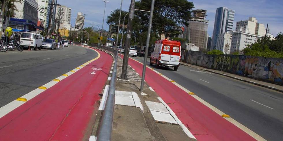 Ministério Público paralisa obras da ciclovia em São Paulo