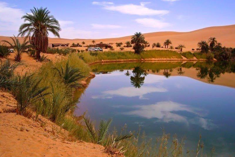 lago em Awbari 4