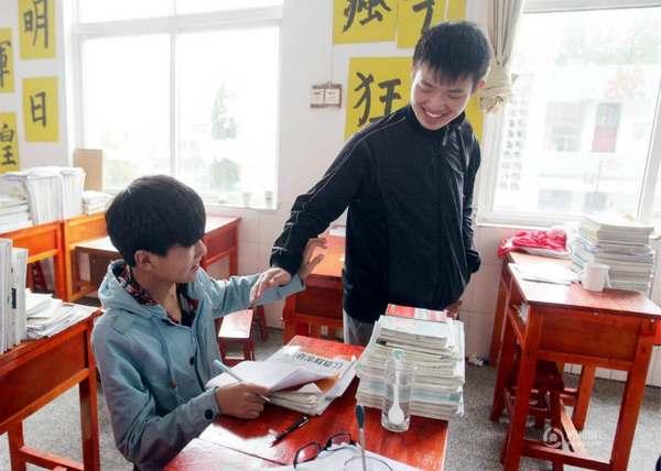 Os amigos Xie Xu e Zhang Chi