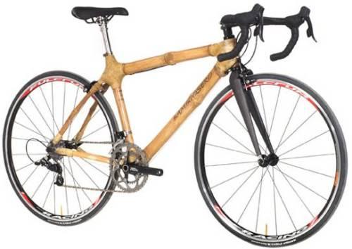Bicicleta feita de bambu