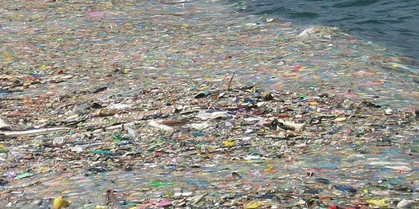 poluicao-plasticos