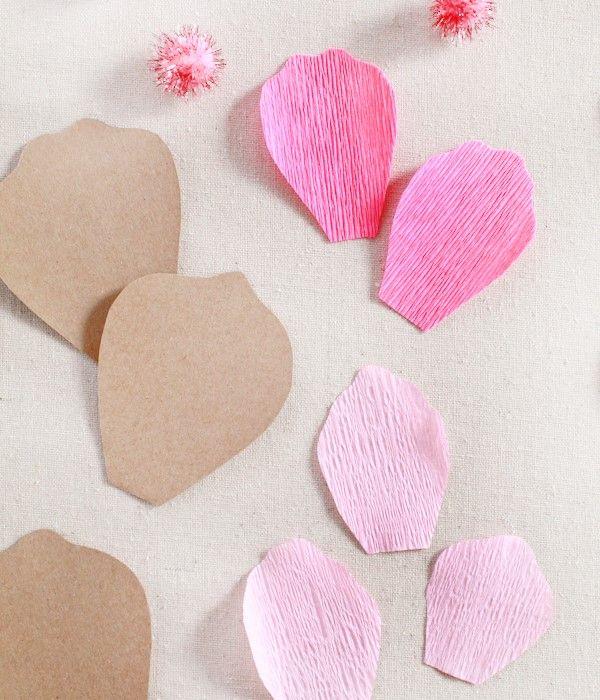 Como fazer flores de papel 2