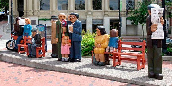 John Hooper estátuas