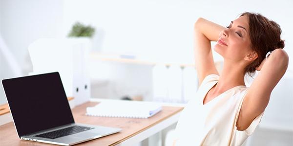 como-relaxar-no-trabalho