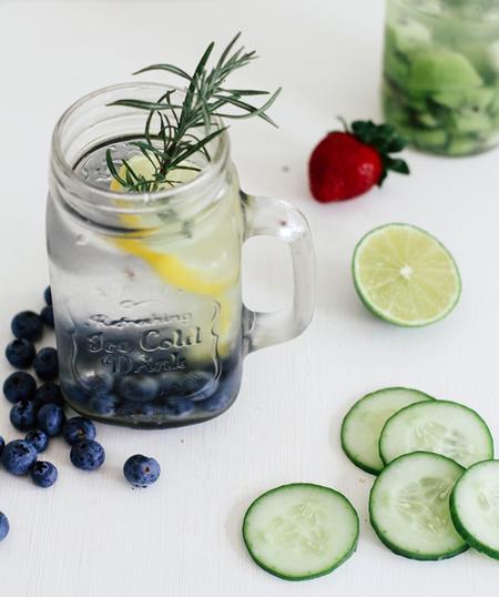 acqua di mirtilli