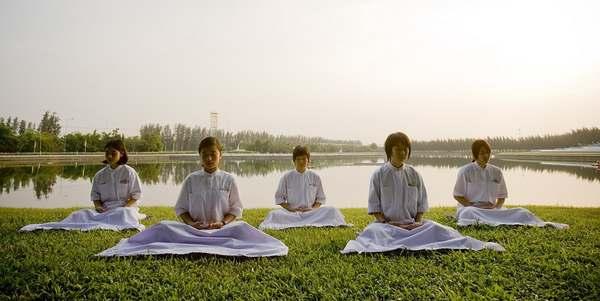 Meditação crianças Tailândia
