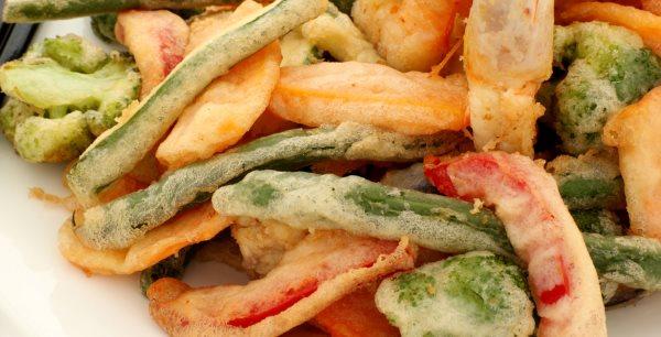 tempura com muitos legumes