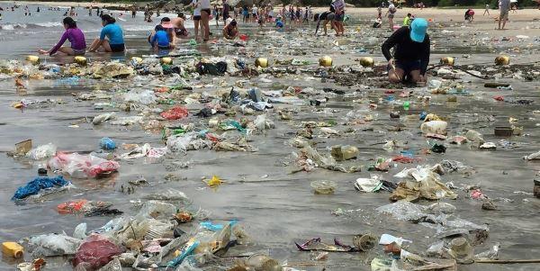 plásticos-mar