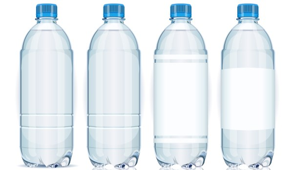 água mineral de garrafa