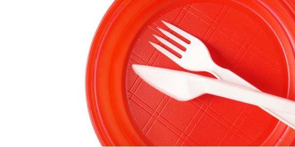 pratos-descartáveis