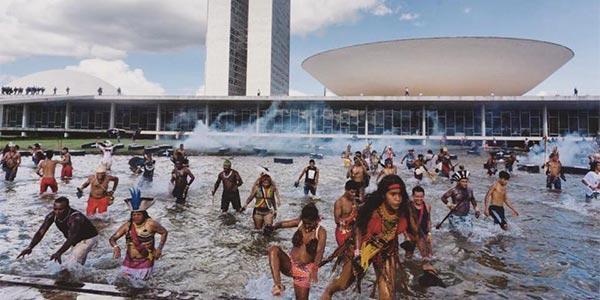 Resistência indígena