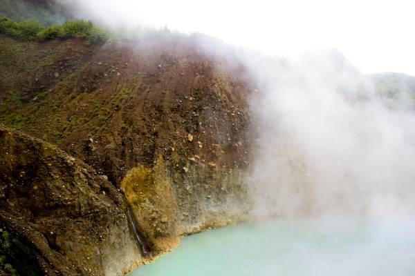 lago fervente
