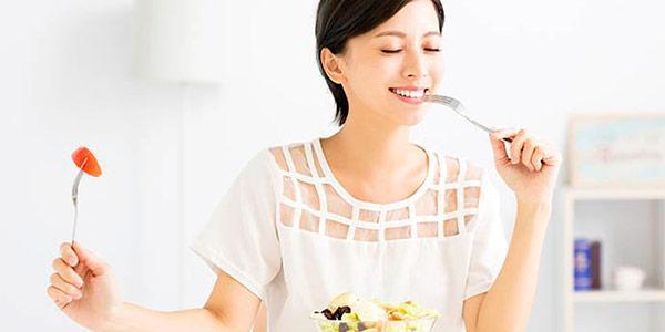 Comer lentamente