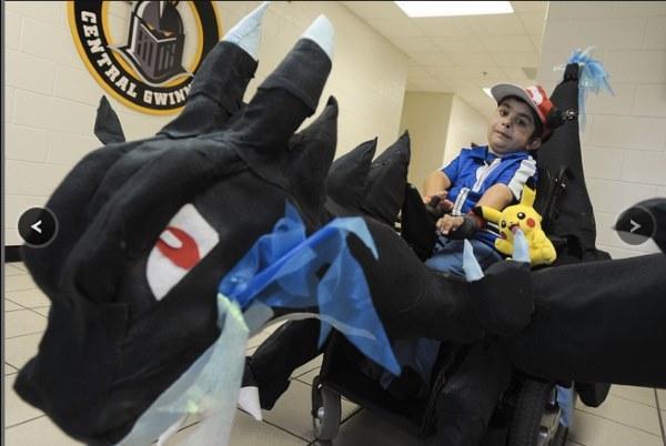 trajes halloween crianças cadeiras de rodas
