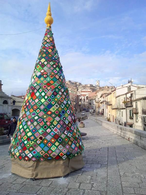 árvore natal da praça da avó