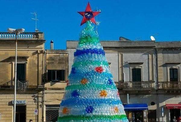 árvores de Natal reciclados