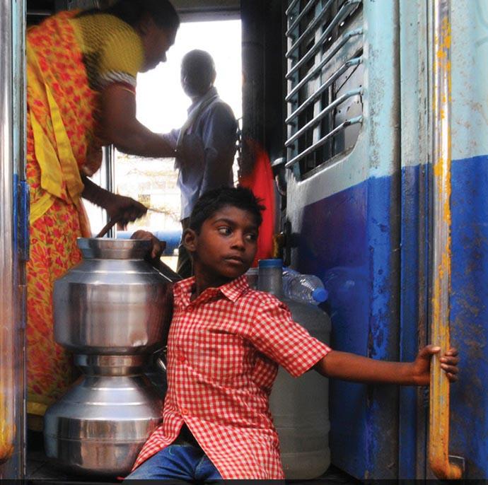 criança agua india 4jpg