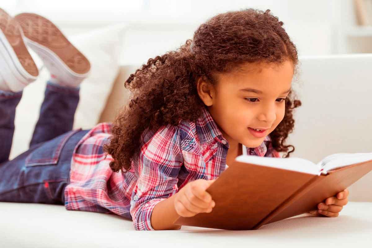 criança-ler