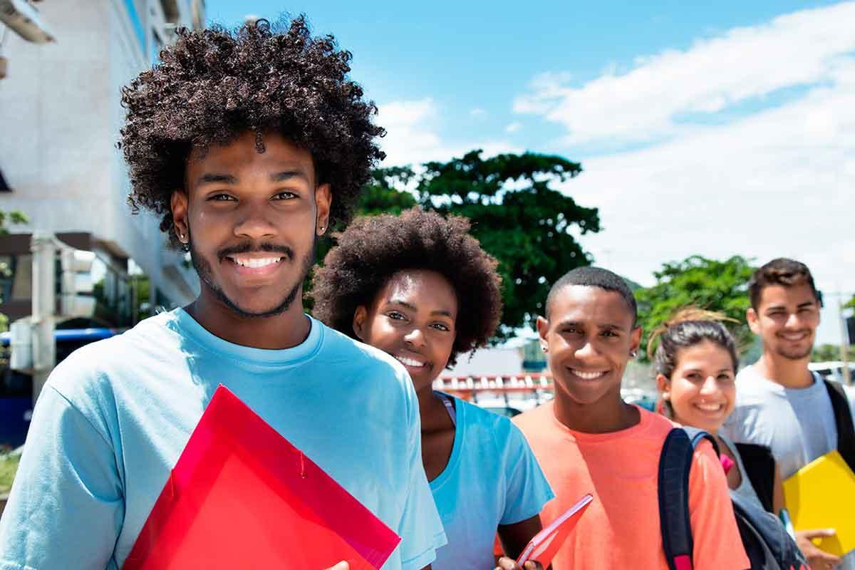 negros universidades
