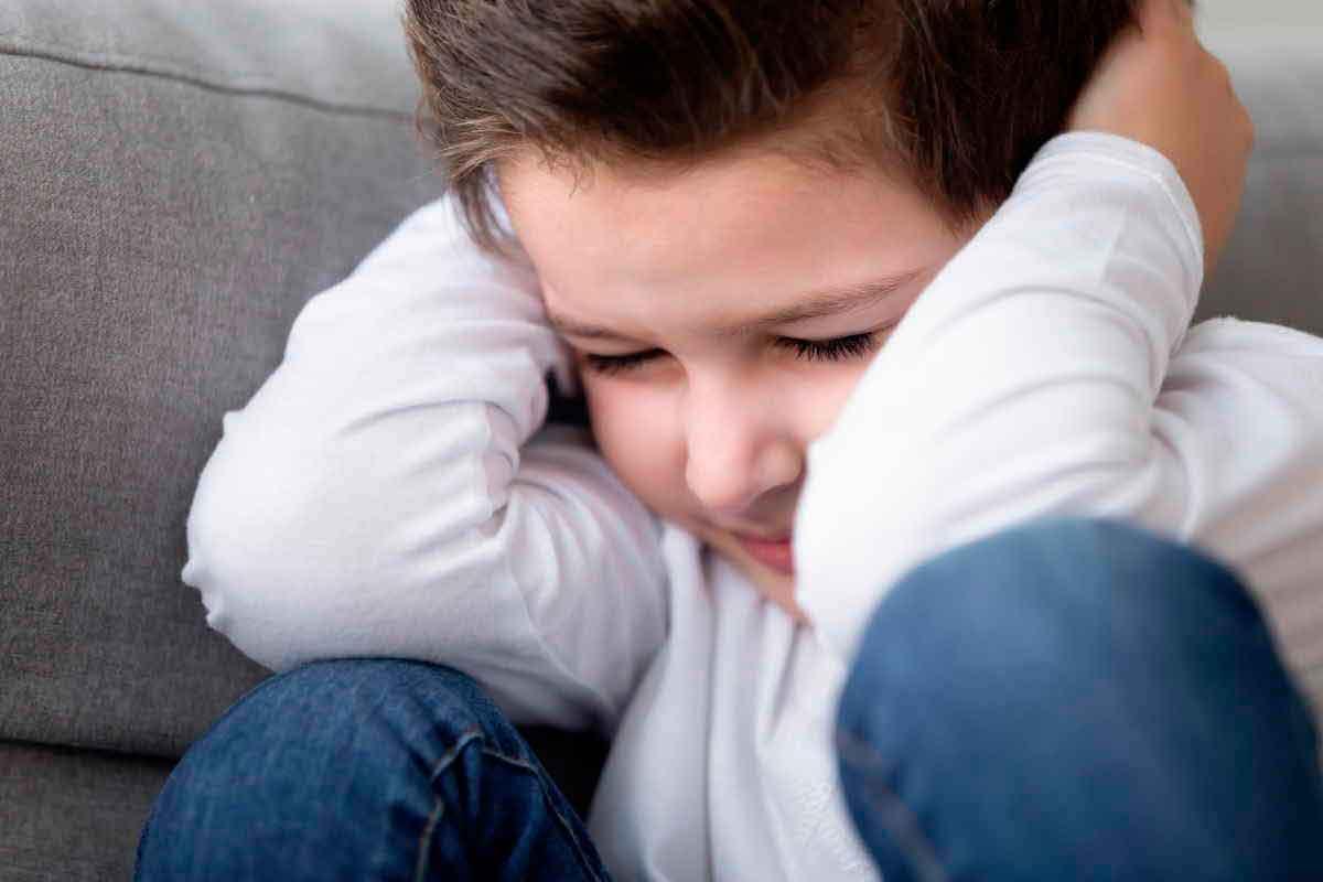 Atenção no Réveillon: crianças com autismo também sofrem com os fogos de artifício - GreenMe.com.br