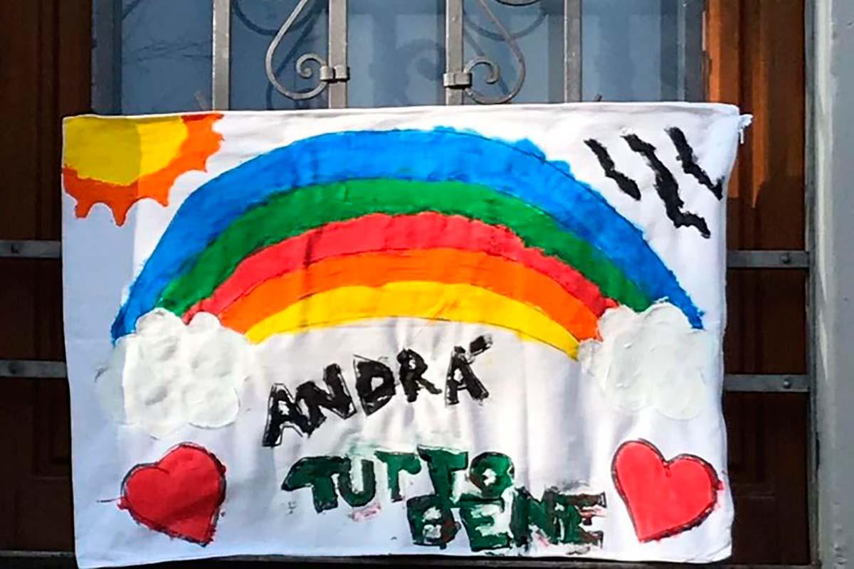 Andrà tutto bene: a Itália combate o coronavírus com o arco-íris ...